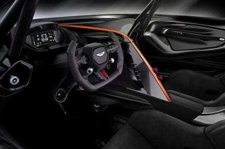 Aston Martin Vulcan салон