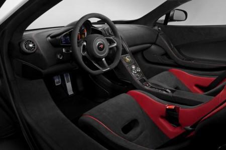 McLaren 675 LT салон