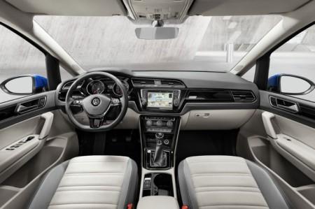 Volkswagen Touran 3 салон