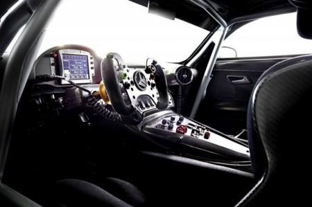 гоночный Mercedes-AMG GT3 салон