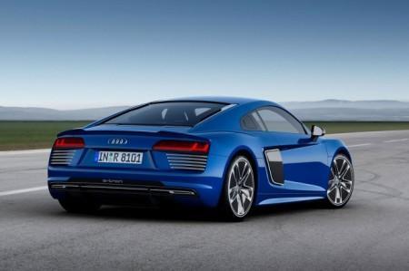 электрический Audi R8 2 e-tron