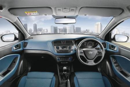 Hyundai i20 Active салон