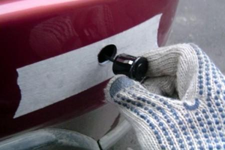 монтаж парктроника в бампер машины