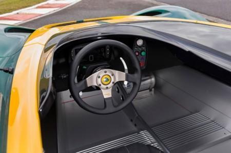 интерьер Lotus 3-Eleven