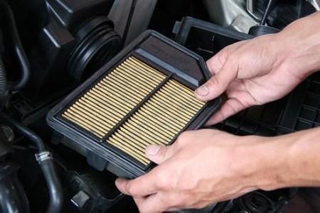 как достать старый воздушный фильтр