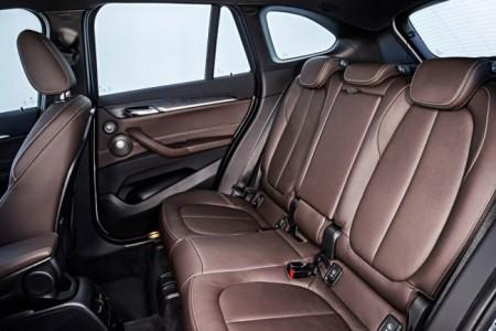 BMW X1 F48 интерьер