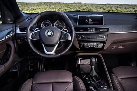 BMW X1 F48 салон