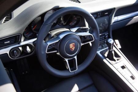 салон Porsche 911 2016