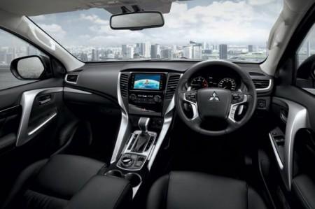 Mitsubishi Pajero Sport 3 - салон