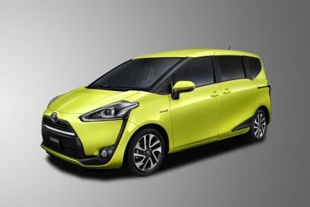 Toyota Sienta Hybrid G (7 мест)