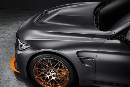 капот с воздухозаборником BMW M4 Coupe GTS
