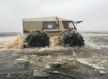передвижение вездехода ШЕРП по воде