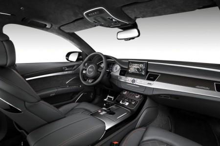 салон Audi S8 plus