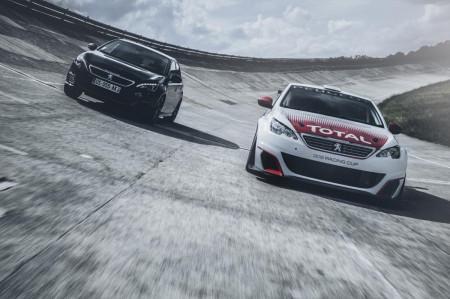 сравнение обычного и гоночного Peugeot 308