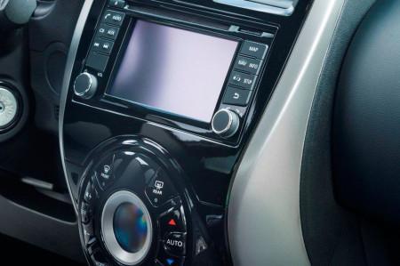 центральная консоль Nissan Micra N-Tec