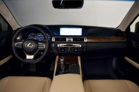 Lexus GS 2016 - салон