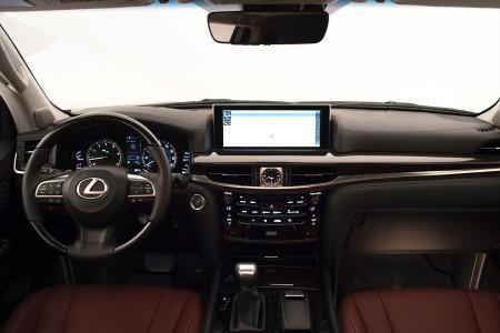 Lexus LX570 2016 передняя панель