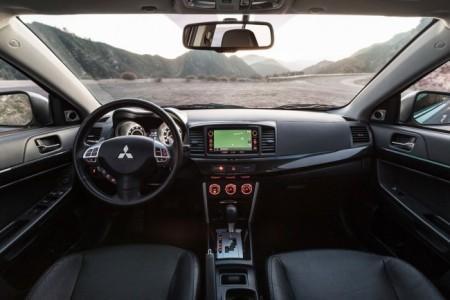 Mitsubishi Lancer X 2016 - салон