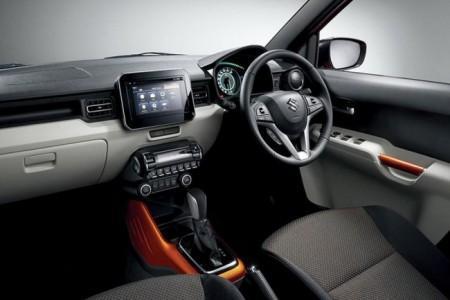 Suzuki Ignis - интерьер