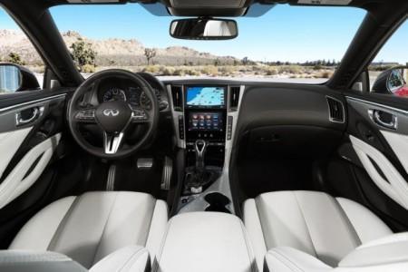 Infiniti Q60 купе - салон