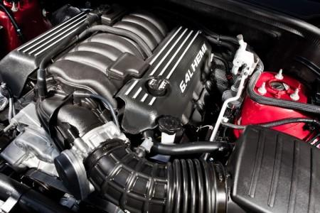 Jeep Grand Cherokee SRT Night - двигатель