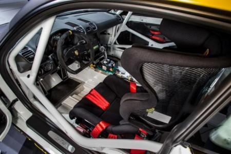 Porsche Cayman GT4 Clubsport - салон