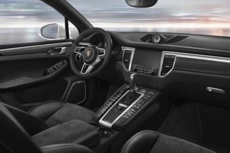 Porsche Macan 2016 - салон