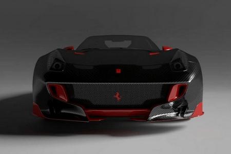 Феррари F12tdf с карбоновым кузовом