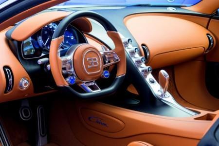 Bugatti Chiron - салон