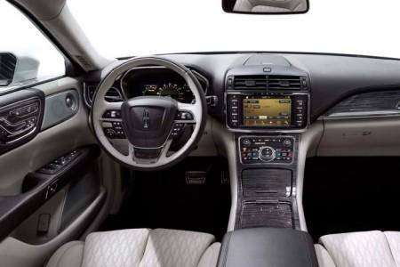 Lincoln Continental 10 поколения - салон