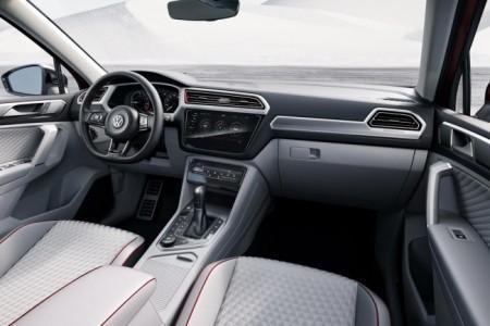 Volkswagen Tiguan GTE Active Concept - салон