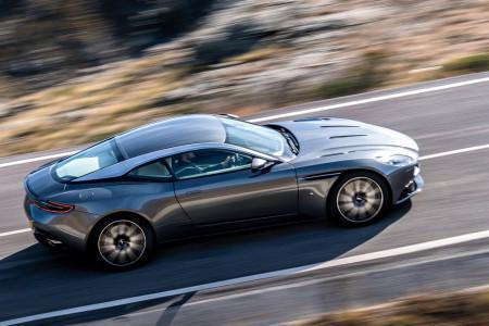 новый Aston Martin DB11 2016