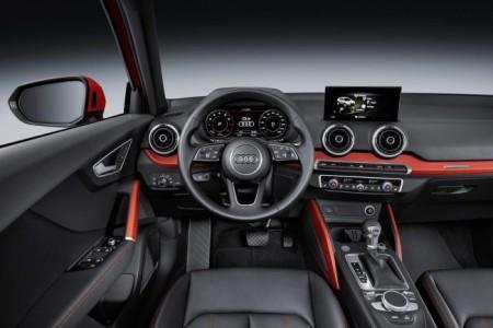 Audi Q2 - салон