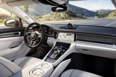 Porsche Panamera 2 - салон