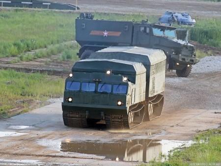 военный вездеход Витязь