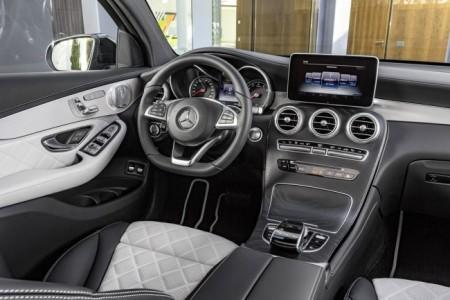 Mercedes-Benz GLC Coupe - салон