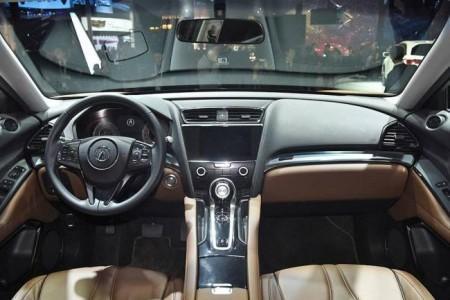 Acura CDX - салон