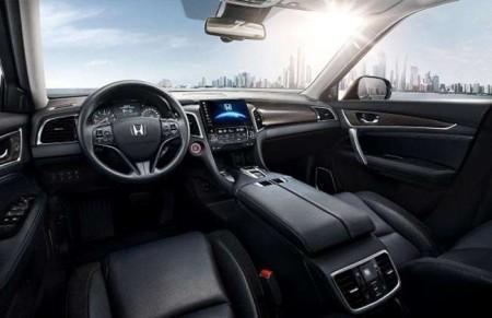 Honda Avancier - салон