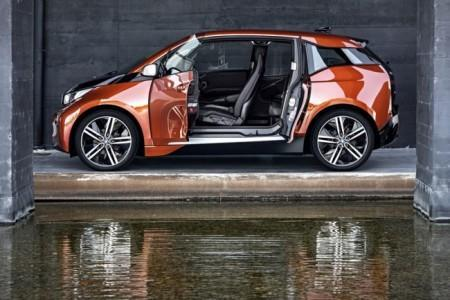 BMW i3 - двери