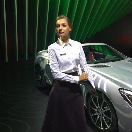 Девушка Mercedes ММАС 2016.jpg