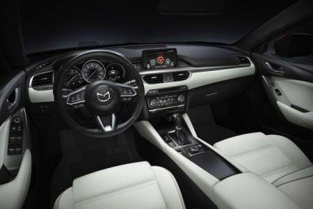Mazda 6 2017 - салон
