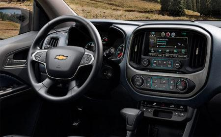 chevrolet-colorado-2017-salon