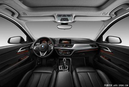 BMW 1-Series Sedan - салон