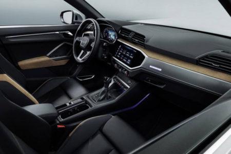 Audi Q3 2 поколения - интерьер