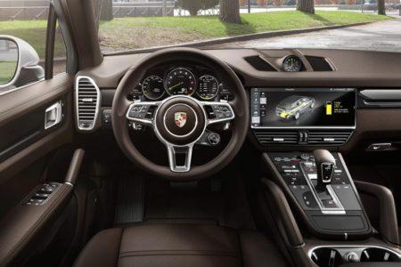 Porsche Cayenne E-Hybrid - салон
