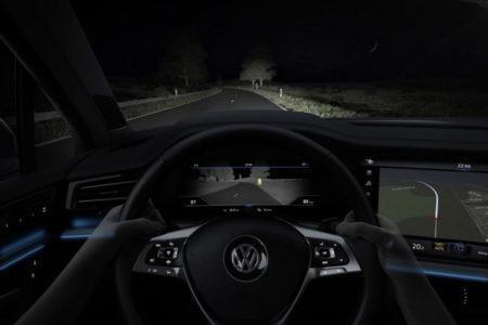 Volkswagen Touareg 2019 - камера ночного видения